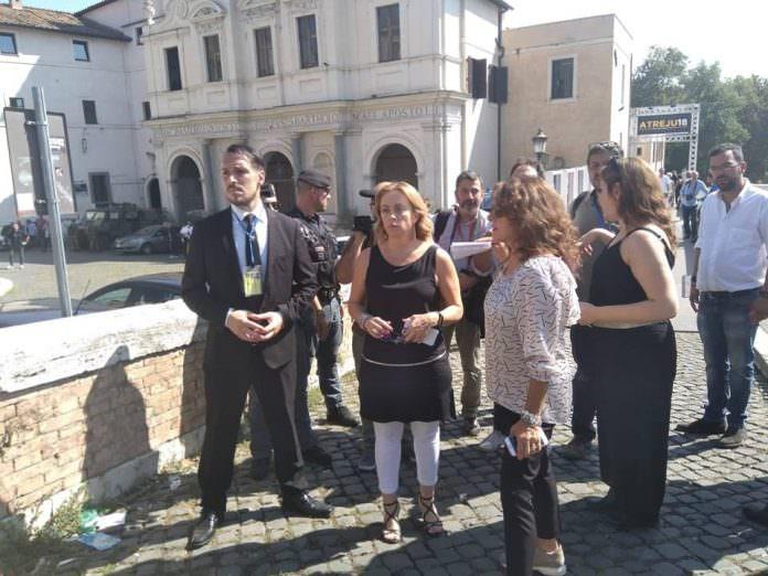 """Atreju 2018, Meloni: """"L'Italia ha bisogno di un grande partito conservatore e sovranista"""""""